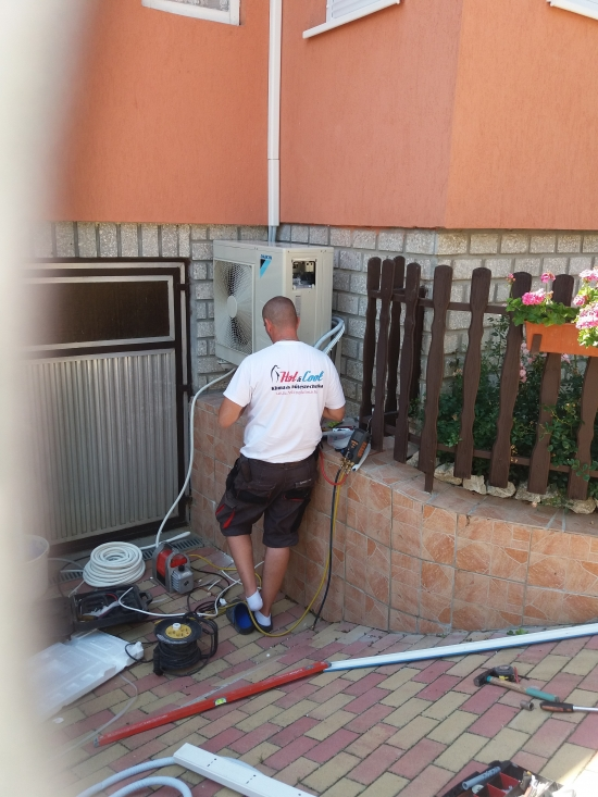 Hűtőközeg nyomásának ellenörzése! Miskolc, Budapest, Siófok, Győr, Ausztria