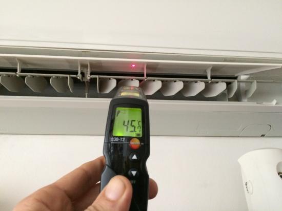 klíma, légkondicionáló berendezések  kifújt levegő hőmérséklet mérése! Budaörs